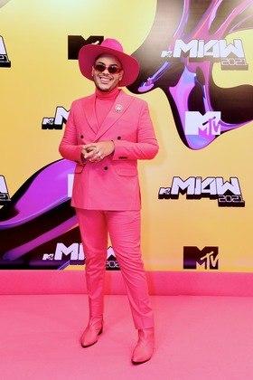 Hugo Gloss escolheu uma composição pink para a ocasião