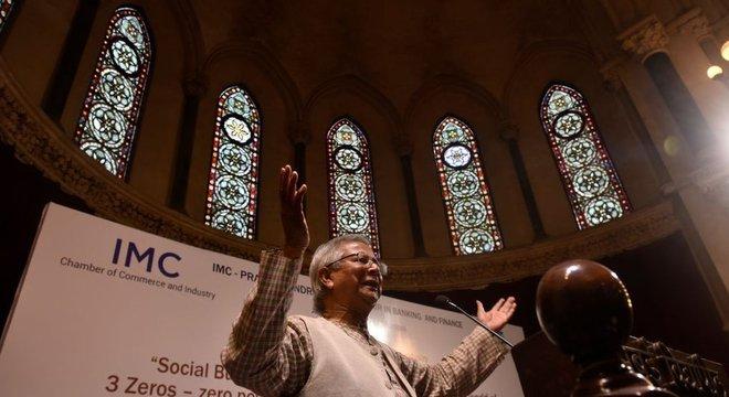 Nobel diz que o capitalismo tornou-se uma religião à qual devemos renunciar
