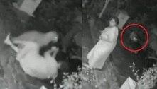Sai, maluco! Mulher usa bengala para evitar ataque de leopardo