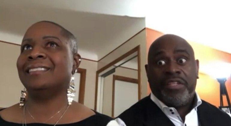 Sem conseguir abrir o olho, Yacedrah pediu ao marido que acionasse o serviço de emergência