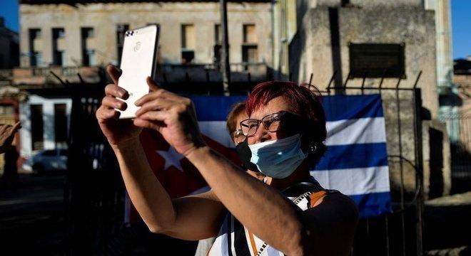 Setores descontentes da população cubana se tornaram mais visíveis devido ao maior acesso à internet e redes sociais
