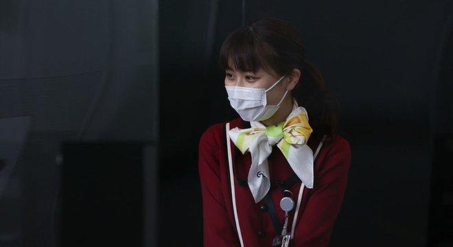 O Japão tem sido um dos poucos países que não vem adotando quarentenas tão rígidas