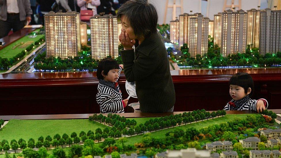 Bolha imobiliária: Com 50 milhões de moradias vazias China teme colapso do setor