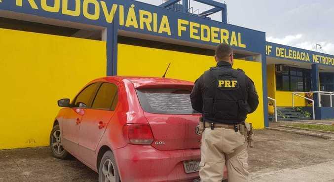 Abordagem foi feita durante patrulhamento da Polícia Rodoviária Federal em Betim