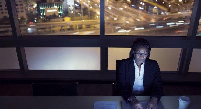 Grupos como trabalhadores noturnos são mais vulneráveis aos ruídos, já que sua 'estrutura do sono está sob estresse'