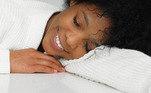 Uma boa noite de sono pode reduzir o risco de desenvolver doenças crônicas, ajuda a manter o cérebro saudável e estimula o sistema imunológico. Para garantir que isso aconteça, mesmo com todas as preocupações da pandemia, existem algumas estratégias que podem ser adotadas, incluindo mudanças na alimentação. A seguir, veja as dicas da nutricionistaMarília Zagato
