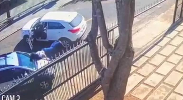 Tatiana Matsunaga foi atropelada diante de câmeras de segurança após uma briga de trânsito