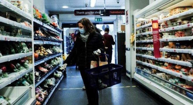 Grandes varejistas do Reino Unido aumentaram sua capacidade de fazer entregas