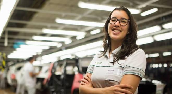 Juliana Coelho vai assumir o comando da fábrica da FCA Fiat Chrysler, em Goiana