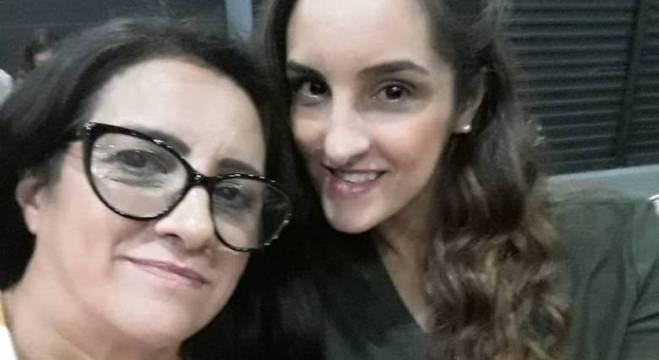 Rita de Cássia (à esq.) e a filha Daiany estavam felizes com a nova gravidez