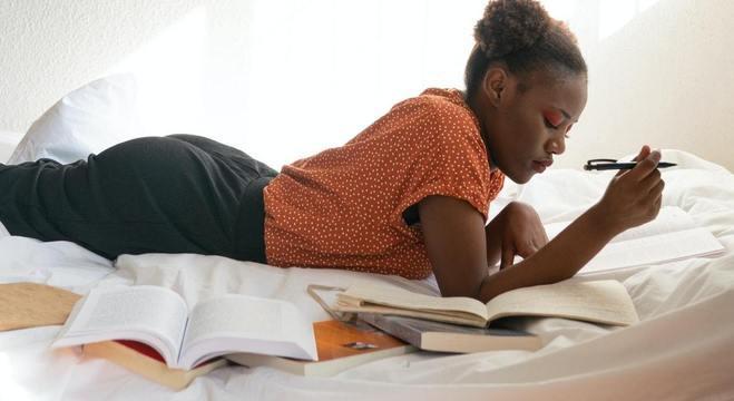 Especialistas defendem a literatura como apoio terapêutico