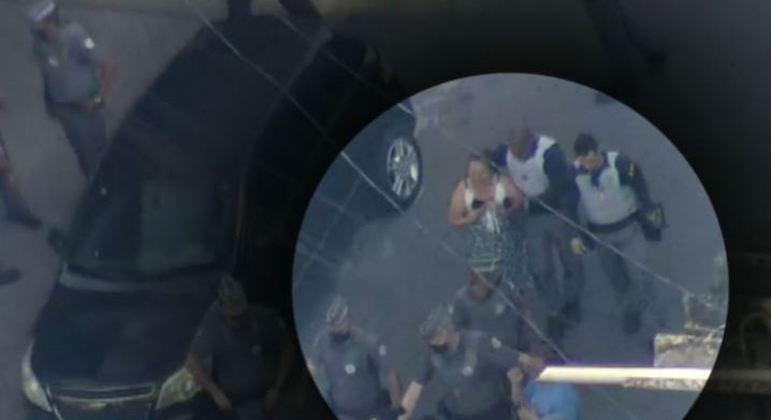 Homem atira no próprio peito e liberta mulher na zona sul de São Paulo