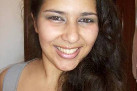 Laís Fonseca foi esfaqueada no pescoço