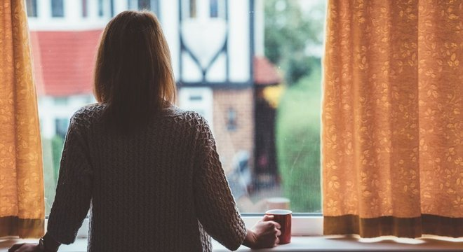 Psicóloga notou que muitas pessoas que estão em quarentena ou isolamento têm problemas de concentração