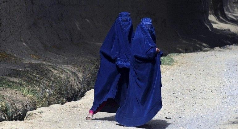 Afegãs evitam circular pelas ruas de Kandahar, berço do Talibã no Afeganistão