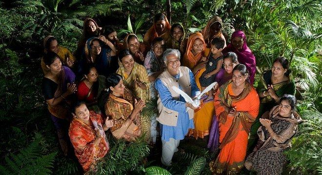 Yunus ganhou o Prêmio Nobel da Paz por promover concessão de microcrédito