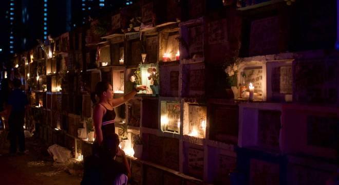 Mulheres também sofrem com a morte de seus familiares por milícias e policias