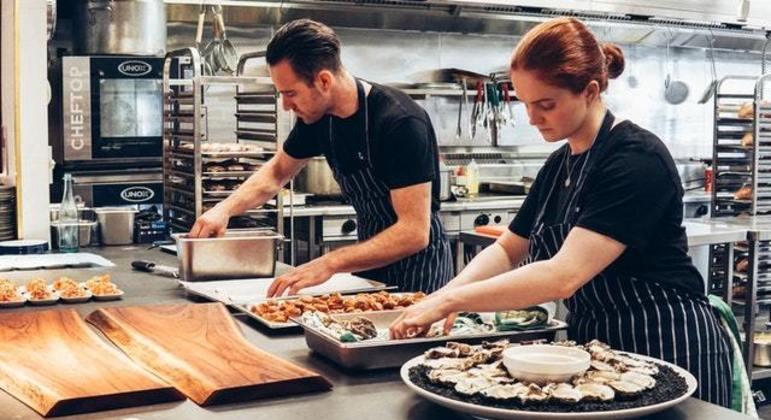Mulheres ainda não são reconhecidas no mundo das cozinhas profissionais
