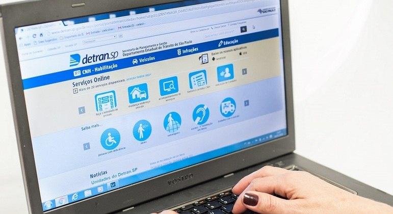 Licenciamento anual é realizado de forma 100% digital
