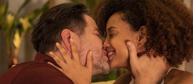 """Cenas como esta de Murilo Benício e Tais Araújo em """"Amor de Mãe'"""" serão impossíveis na volta das novelas"""