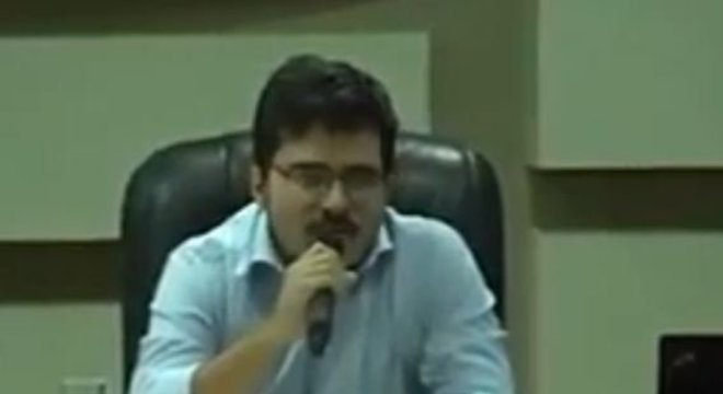 Murilo Resende Ferreira é aluno de Olavo desde 2009 e membro do Escola sem Partido