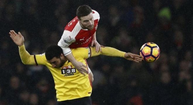 Mustafi (28 anos) - Clube atual: Arsenal - Posição: zagueiro - Valor de mercado: 12 milhões de euros