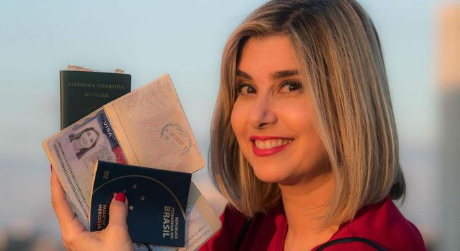 Na RecordTV, a jornalista teve a oportunidade de viajar o mundo