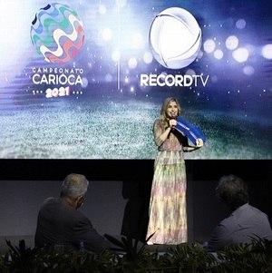 Mylena Ciribelli na apresentação do Campeonato Carioca