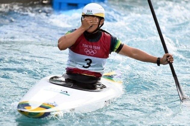 Na canoagem slalom Ana Sátila chegou em 10º e último lugar na final da categoria C-1 feminino em Tóquio, a campeã foi a australiana Jessica Fox.