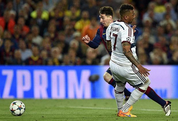 Na Champions League, o Barcelona derrotou o Bayern de Munique por 3 a 0 com um atuação de gala de Messi. O argentino marcou dois gols, e o segundo foi uma pintura, entortando o zagueiro Boateng.