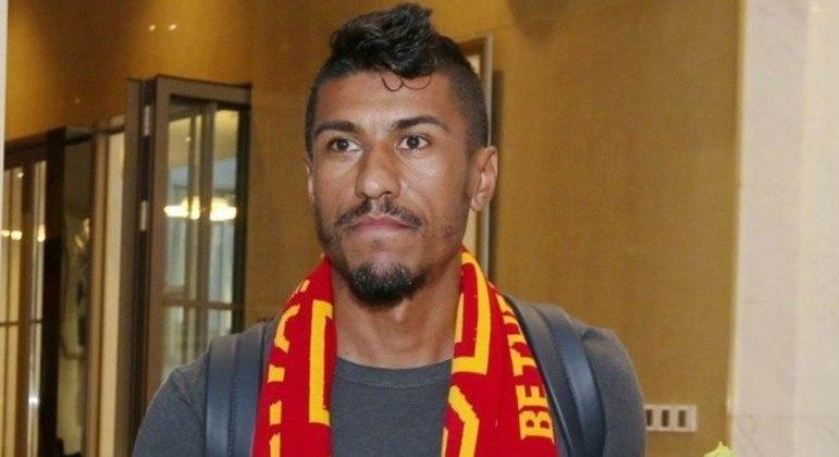Paulinho rescindiu contrato com clube árabe