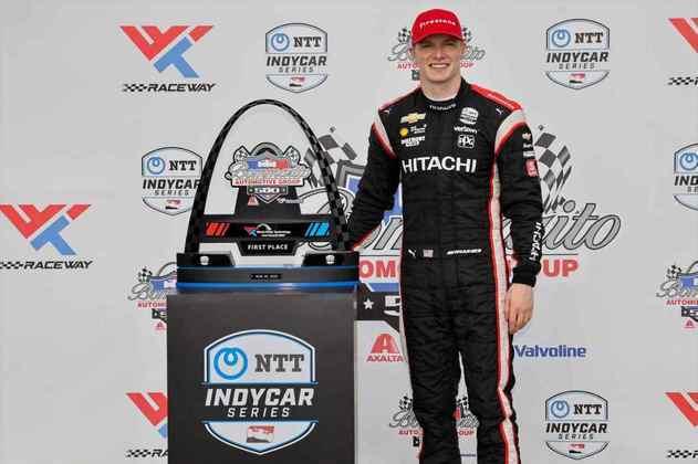 Na corrida 2, veio a revanche. Grande vitória de Newgarden, com Dixon em quinto
