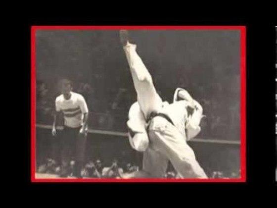Na edição que teve disputas de judô pela primeira vez, o pioneiro brasileiro foi Lhofei Shiozawa. Ele chegou a disputar a medalha de bronze, mas acabou ficando em quarto lugar na sua categoria.