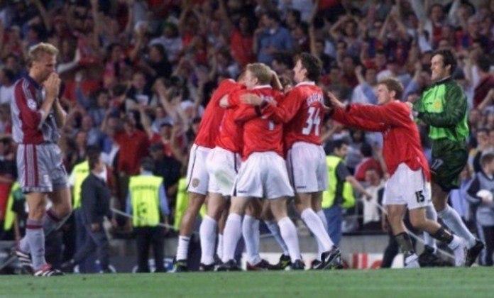 Na final da Liga dos Campeões de 1998-99, uma das viradas mais incríveis da história. O Bayern de Munique abriu o placar logo no início do jogo, em uma falta, e segurou o resultado até o fim. Aos 46 do segundo tempo, o Manchester United alcançou o empate em escanteio e, quando todos achavam que a decisão iria para a prorrogação, Solskjaer marcou com um novo escanteio, do mesmo lado.