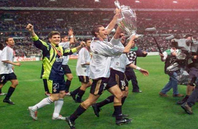 Na final de 1999/2000, dois times do mesmo país se enfrentaram pela primeira vez na final da Champions. O encontro entre Real Madrid e Valencia terminou com vitória por 3 a 0 dos merengues no Stade de France, em Paris.
