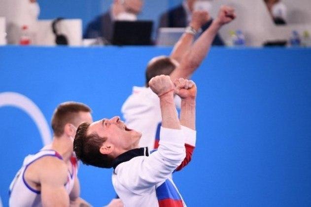 Na ginástica artística masculina, o Comitê Olímpico Russo superou o Japão na última nota e faturou a medalha de ouro na disputa por equipes.