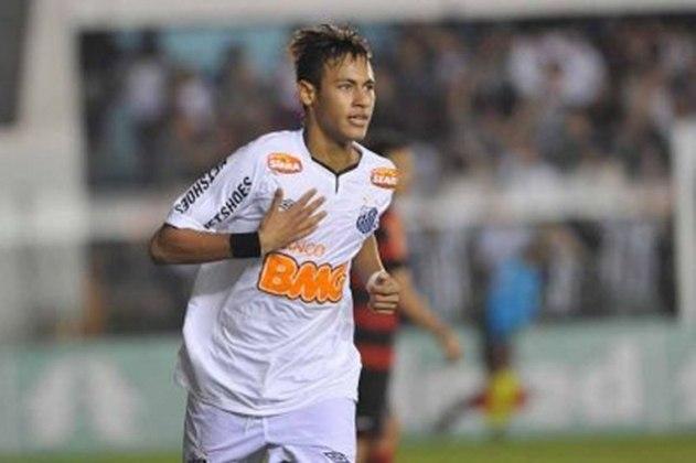 Na histórica derrota de 5 a 4 do Santos para o Flamengo, Neymar fez um golaço e ganhou a edição de 2011.