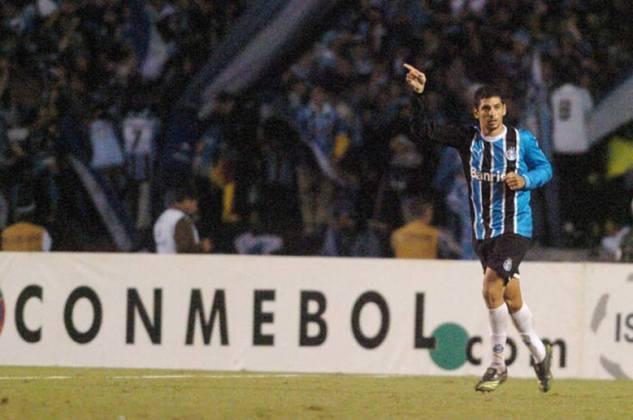 Na Libertadores de 2007, o Grêmio eliminou o São Paulo nas oitavas de final, após vencer o jogo de volta, em casa, por 2 a 0.