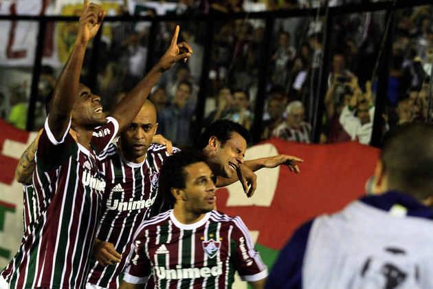 Na Libertadores de 2013, o Fluminense perdeu o jogo de ida para o Emelec no Equador por 2 a 1. Na volta, venceu por 2 a 0 e se classificou