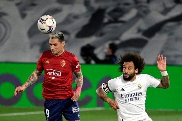 NA MÉDIA - Marcelo fez uma partida boa na defesa e conseguiu encontrar bons passes durante a partida