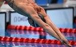 Na natação, o brasileiro Fernando Scheffer garantiu vaga na final dos 200m livre. Ele ficou em terceiro na sua bateria com o tempo de 1min45s71 e garantiu o oitavo melhor tempo da semifinal.