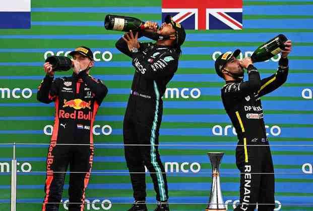 Na ocasião, pilotos fizeram o top-3 do GP do Japão, também vencido por Hamilton
