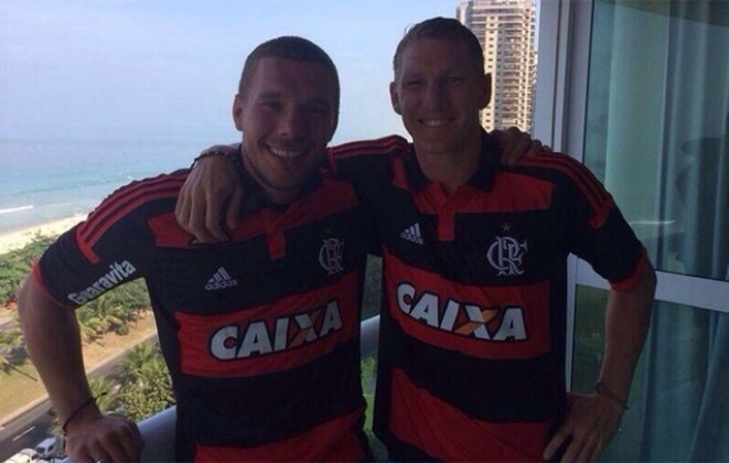 Na partida contra o Brasil, a Alemanha utilizou seu segundo uniforme, rubro-negro como as cores do Flamengo, clube que conquistou o coração de Podolski. Durante sua estadia no país, eles postou fotos com a camisa do time carioca e uma delas ao lado de Batian Schweinsteiger, o que levou os torcedores à loucura.