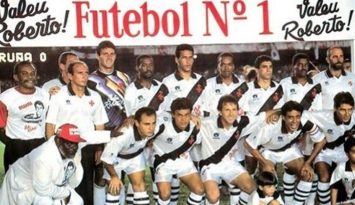 Na partida, no Maracanã, o Vasco perdeu para o La Coruña (ESP) por 2 a 0, mas a derrota não tirou o brilho da festa em homenagem ao craque, que se despedia dos gramados.