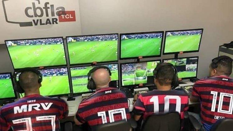Na partida pela sexta rodada do Brasileirão, o Santos teve dois gols anulados no primeiro tempo após longas análises do árbitro de vídeo. A partida acabou ganhando o placar definitivo de 1 a 0 com o gol de Gabigol e, para os rivais do rubro-negro, o fato foi prato cheio para brincadeiras colocando o termo