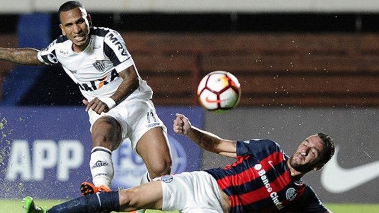 Na primeira fase da Sul-Americana de 2018, o Atlético-MG foi eliminado pelo San Lorenzo após derrota por 1 a 0. No Independência, igualdade sem gols e queda precoce