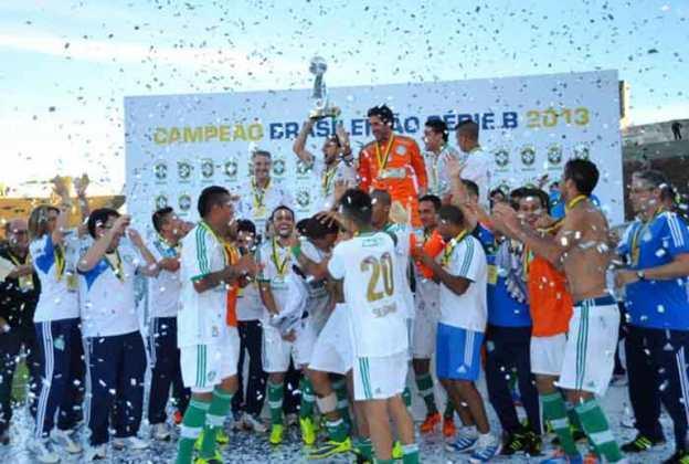 Na sua volta à Série B, o Palmeiras desde o início não deu espaço para arapucas. Foram seis vitórias e duas derrotas nos primeiros jogos, em um aproveitamento de 75%. O Verdão foi campeão com 79 pontos.