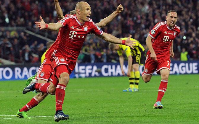 Na temporada seguinte, contudo, Robben se redimiu. O Bayern chegou na final da Liga dos Campeões mais uma vez e o holandês foi o herói, marcando o gol da vitória por 2 a 1 sobre os rivais Borussia Dortmund, em Wembley