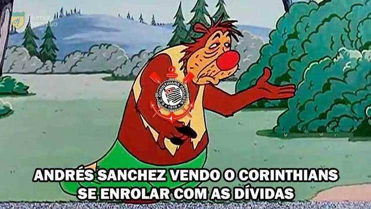 Na última quarta-feira, a Justiça mandou bloquear R$ 23 milhões do Corinthians por conta de uma dívida não paga ao J Malucelli referente à venda de Jucilei ao Anzhi-RUS, em 2011. O fato não foi perdoado pelos torcedores rivais, que aproveitaram a recente fama de mau pagador do clube alvinegro. Confira os memes!