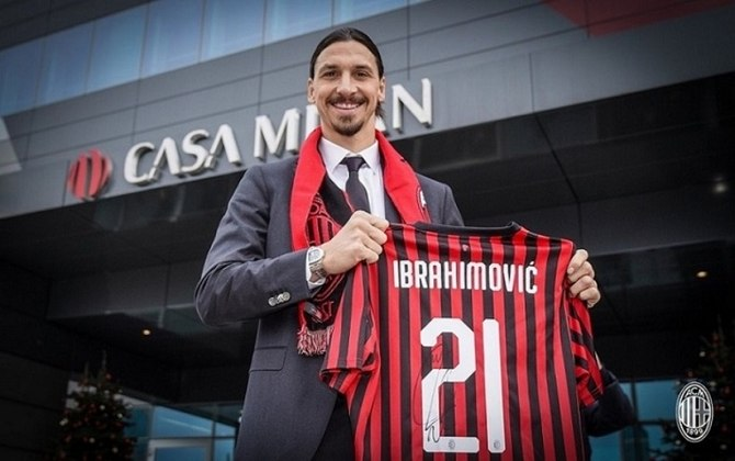 Na última quinta-feira (24), Ibrahimovic postou em suas redes sociais que contraiu o vírus da Covid-19. No entanto, o anúncio foi ao